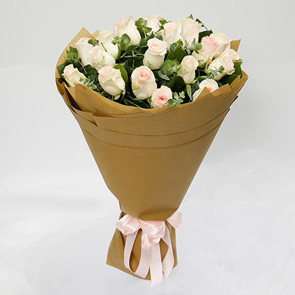 20 Peach Roses Bouquet: Gift Delivery Bahrain
