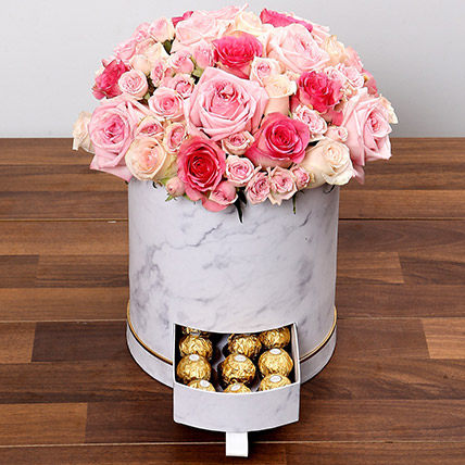 Box Of Pink Roses And Chocolates: Flower Shop in Bahrain