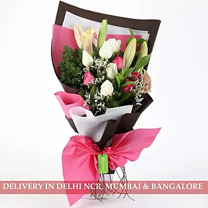 Mesmerizing Roses and Lilies Posy: Flower Delivery to India