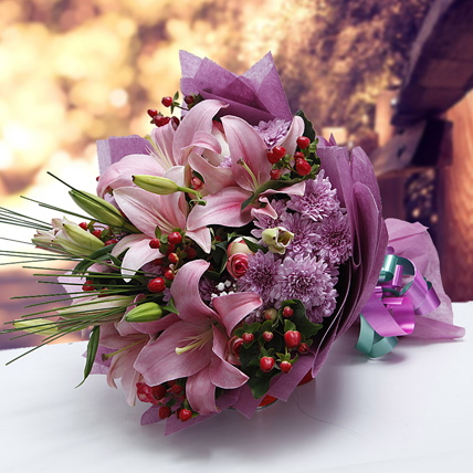 Colors of Charm: Anniversary Flower Bouquets