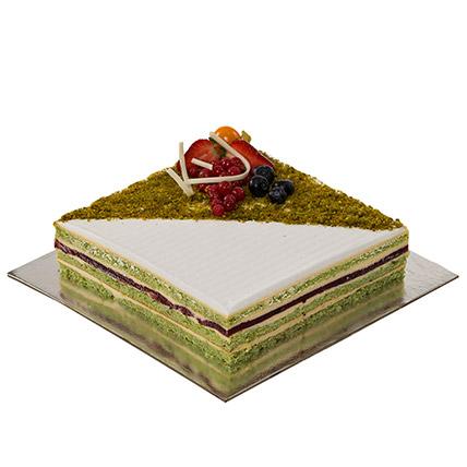 Delicious Le Verger Cake: