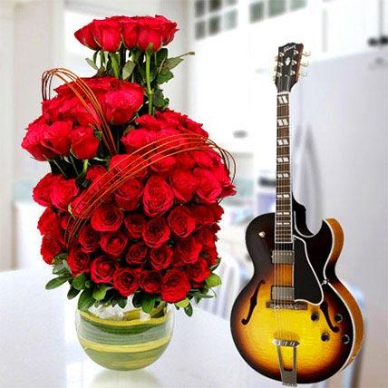 Spice up the Romance: Flowers & Guitarist Service