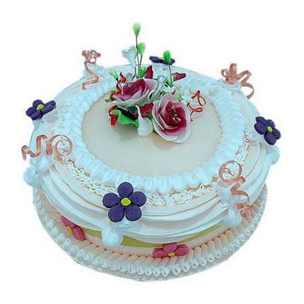 Snowy white treat: Graduation Theme Cakes