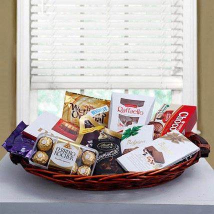 Luxurious Choco Hamper: Gift Hampers