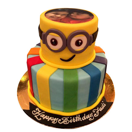 Bob the Minion Cake: Minion Birthday Cakes
