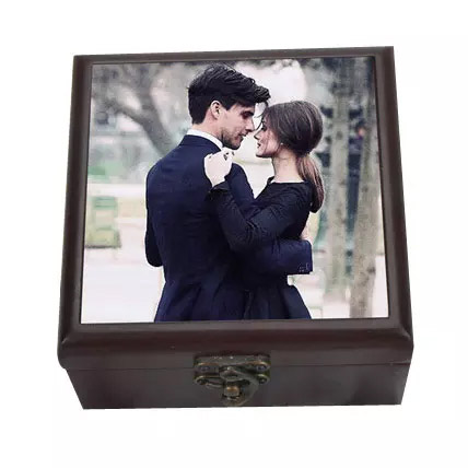 Personalized Wooden Box: Personalised Gifts for Mother