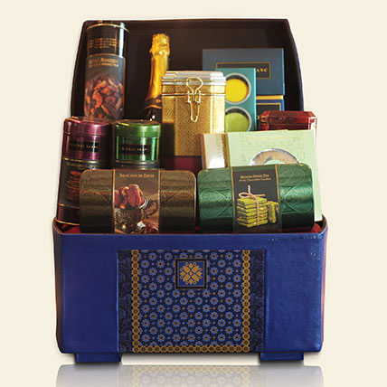 Celebrate Hamper: Gifts for him