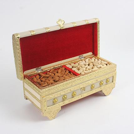 Designer Dry Fruits Box: Karwa Chauth Gift to Wife