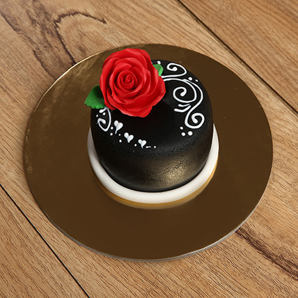 Designer Rose Mono Cake: Cakes for Kids