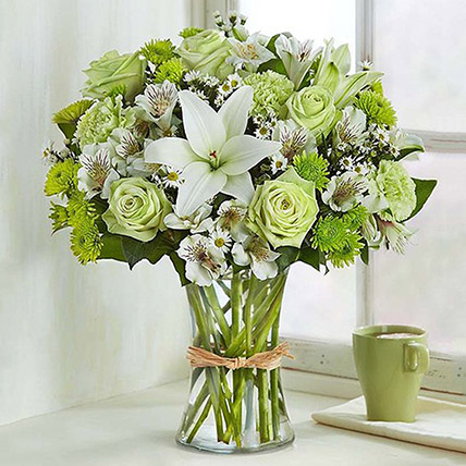 Bunch Of Green and White Flowers: Chrysanthemum Flowers