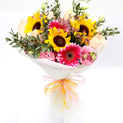 Harmonic Roses and Sunflower Mixed Bouquet: