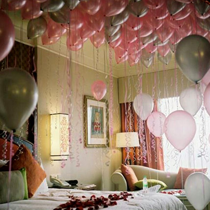 75 Helium Balloons and Rose Petals Surprise: Balloon Decoration Dubai