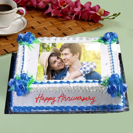 Anniversary Floral Photo Cake: Anniversary Eggless Cakes
