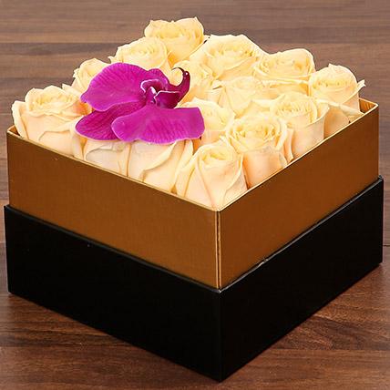 Beautiful Peach Rose Box: Flower in a Box