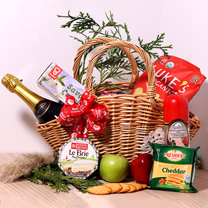 All Delicious Surprise Basket: Gift Hampers