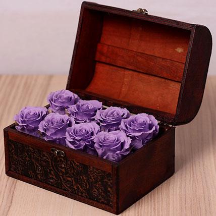 8 Purple Forever Roses in Treasure Box: Forever Rose Dubai