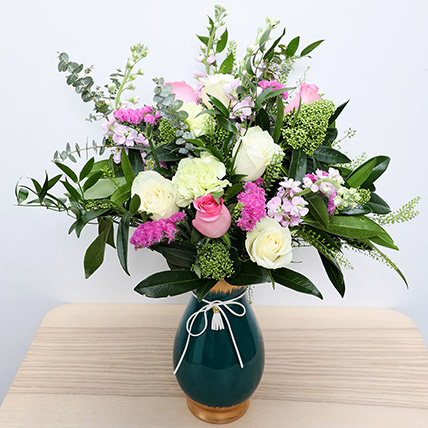 Roses N Carnations in Glass Vase: Happy Women's Day Flowers