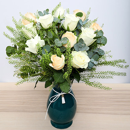 White N Peach Roses in Glass Vase: Flower Delivery Mothers Day