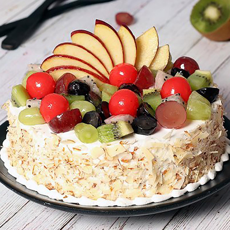Vanilla Fruit Cake: Congratulations Cakes