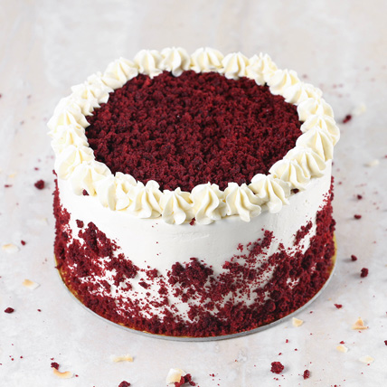 Creamy Red Velvet Cake: Happy Birthday Cakes