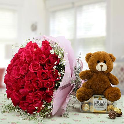 Hamper Showing love: Birthday Flowers & Teddy Bears