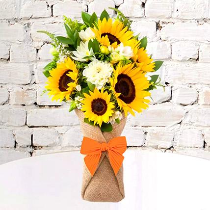 Sunflower Galore Bunch: Gift Ideas for Boss