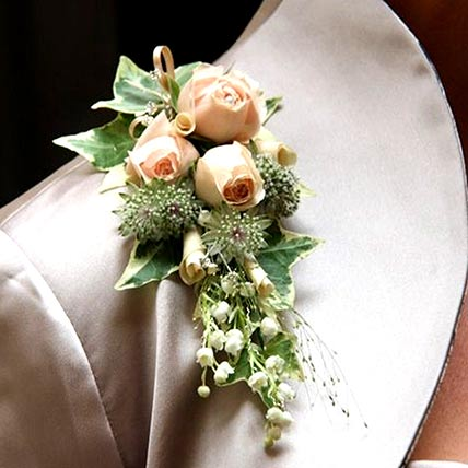 Stunning Peach Flowers boutonniere: Corsages