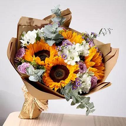 Splendid Bouquet Of Mixed Flowers: Chrysanthemum Flowers