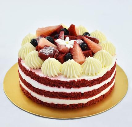 4 Portions Red Velvet Cake: Farewell Cake Ideas
