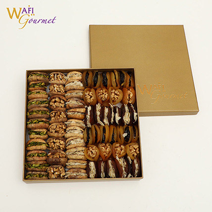 Box of Dried Figs Stuffed With Mix Nuts 1.856kg: