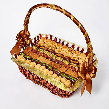 Stuffed Dates and Baklava Basket: Gift Hampers
