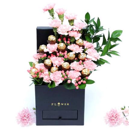 Affairs of Hearts Arrangement: Flower Box Dubai