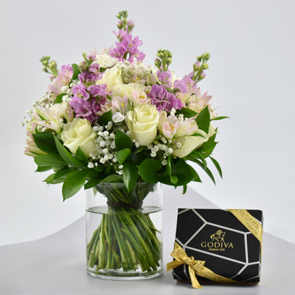 Exotic Blossoms and Godiva Chocolate Bar: New Arrival Combos