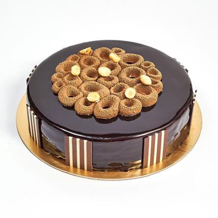 Crunchy Chocolate Hazelnut Cake: Chocolate Cake