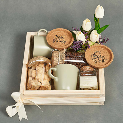 Good Coffee Solves Everything Personalised Hamper: Gifts for Friend