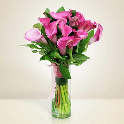 Gracious Pink Calla Lilies Glass Vase: Calla Lilies Flower