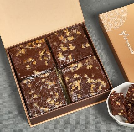 Chocolate Walnut Brownie: Brownies