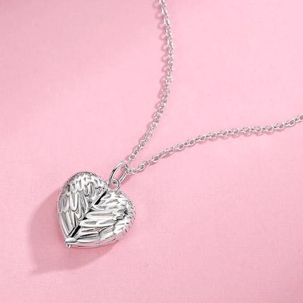 Heart Wings Locket Necklace: Jewellery