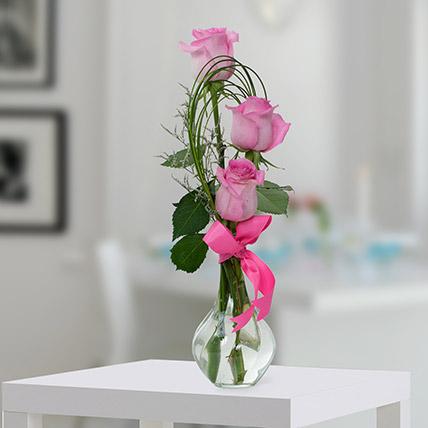 Pleasant Rose Arrangement OM: