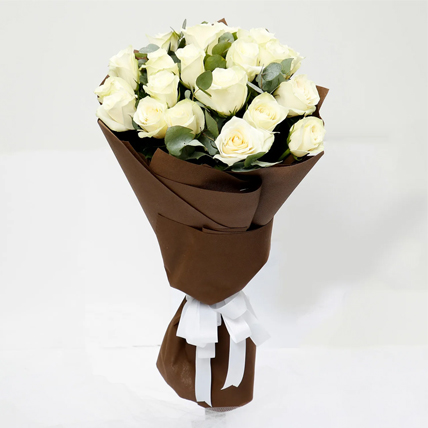 White Roses Bouquet PH: