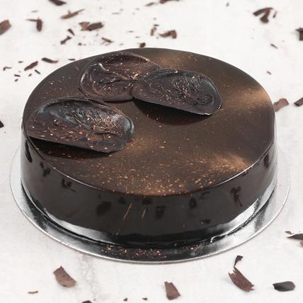 Exotic Chocolate Mousse Cake Half Kg: