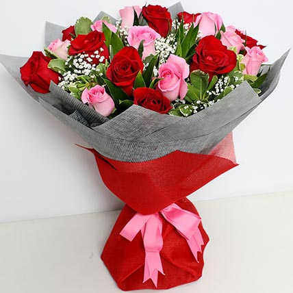 Glorious Pink N Red Roses Bouquet: Send Flowers to Saudi Arabia