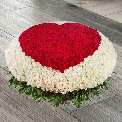 Exquisite Love Of Red N White