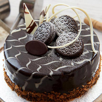 Vanilla Nutella Oreo Cake 1.5 Kg