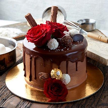 Ferrero Rocher Cake Half Kg