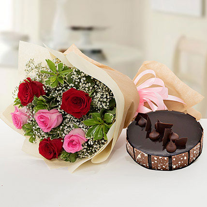 Beautiful Roses Bouquet With Chocolate Cake EG