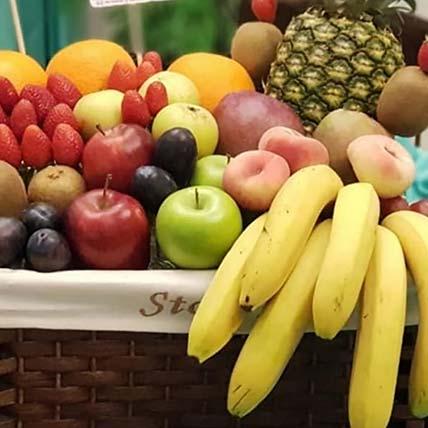 Fresh N Juicy Fruits Basket