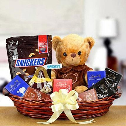 Gift Hampers for Teddy Day