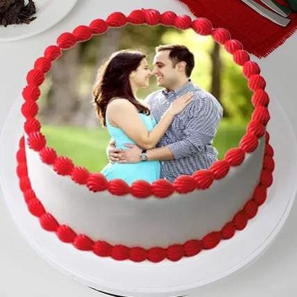 Delightful Personalized Cake 2 Kg Black Forest Cake