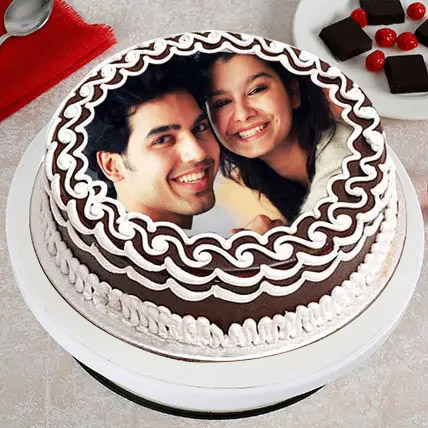 Personalized Cake of Love Eggless 2 Kg Pineapple Cake